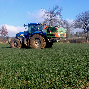 Precision fertiliser spreading 24m
